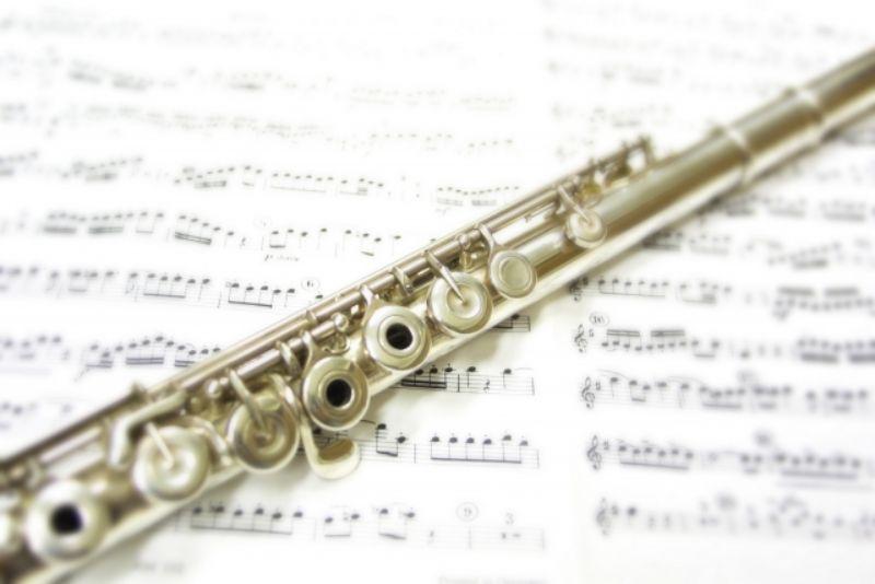 フルートと楽譜