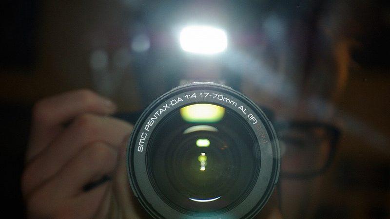 カメラのフラッシュ