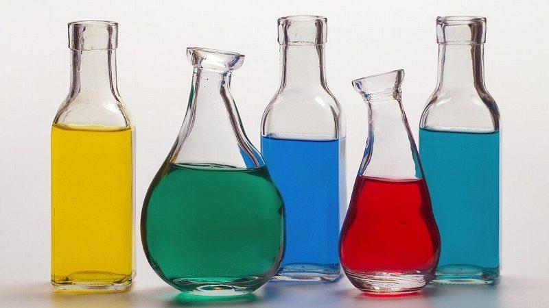 色水ボトル